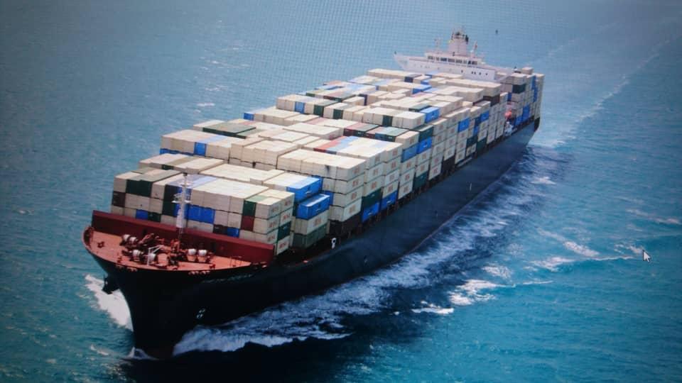 اولویت ناوگان ملی دریایی، منافع سودآورانه نیست